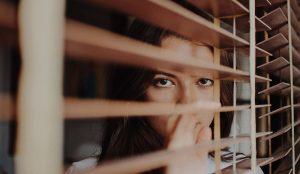 ¿Por qué somos tímidos? (influencias en esta vida)